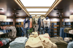 Abercrombie & Fitch integrates Venmo to its mobile apps